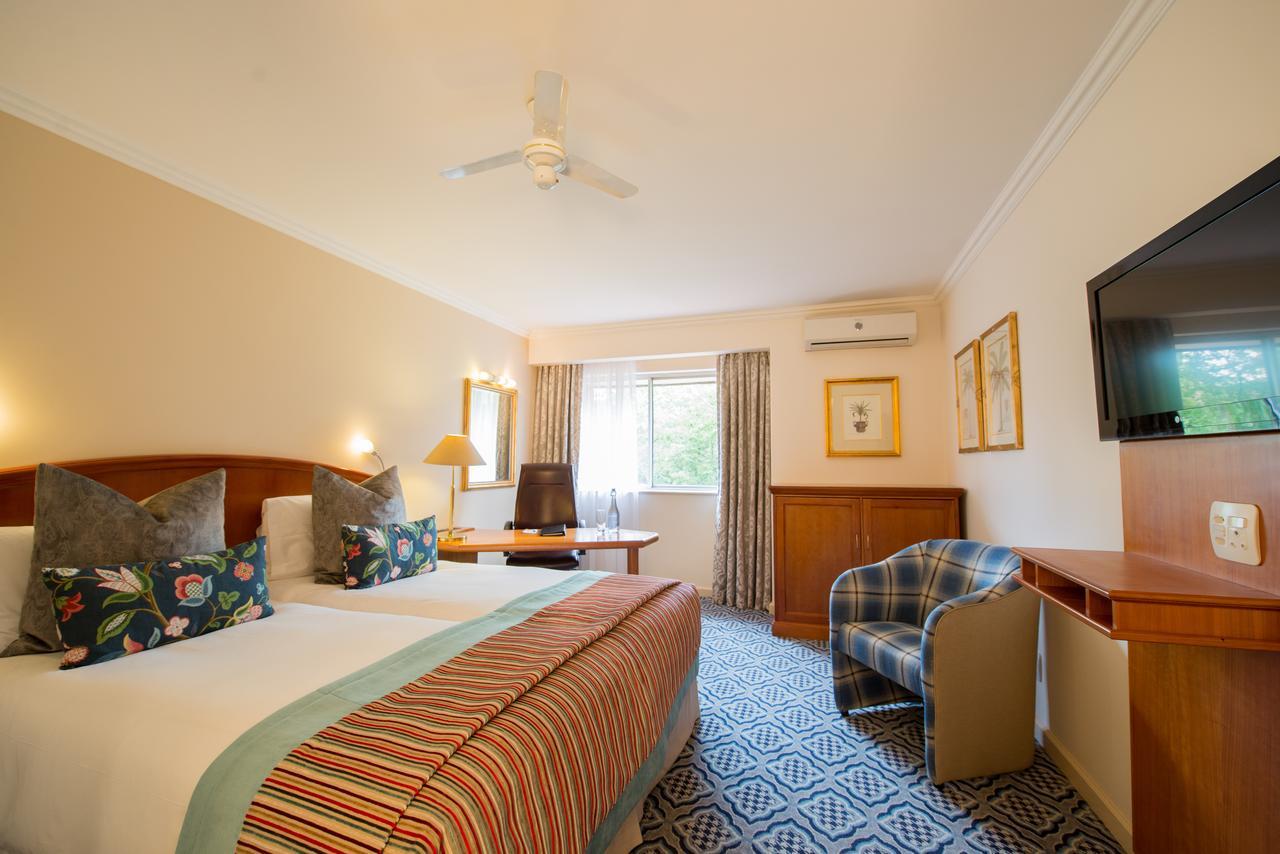 Protea Hotel Balalaika - Marriott - Sandton - Joanesburgo