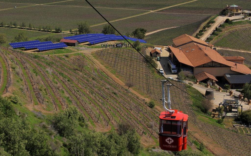Vina Santa Cruz - Vale do Colchagua Chile - teleférico - Vinícola tour degustação