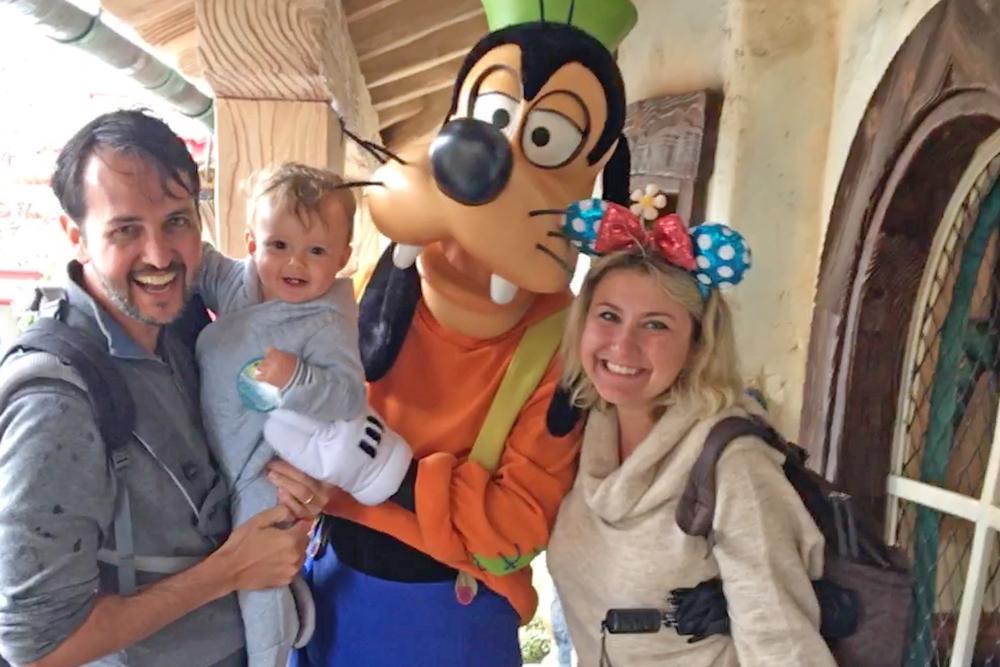 Disney com bebê - encontro com pateta