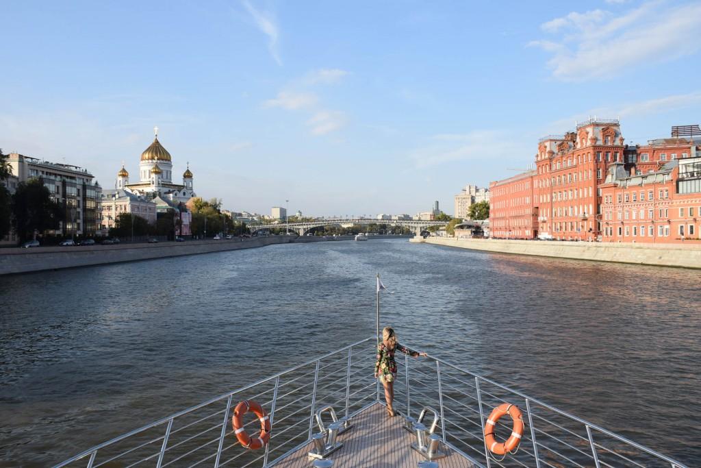 radisson flotilla - moscow river boat tour
