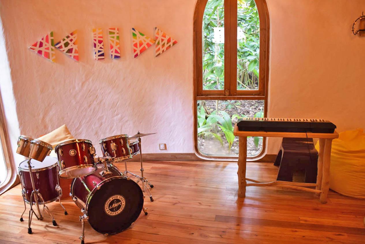 Soneva Fushi - kids club - the Den - kids baby family friend