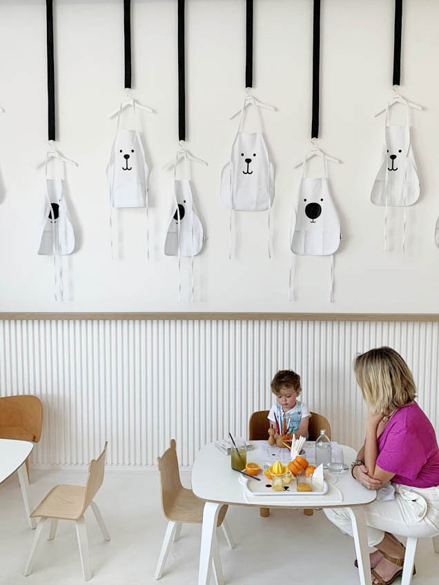 white and the bear - kids restaurant dubai
