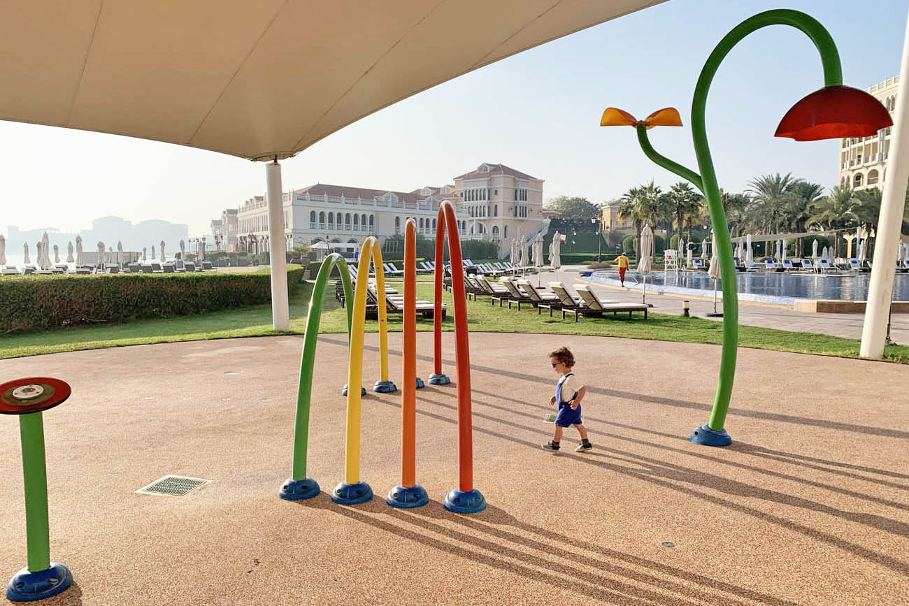 Hotel Ritz Carlton Abu Dhabi Grand Canal Mosque Sheikh Zayed - KIDS AND BABY