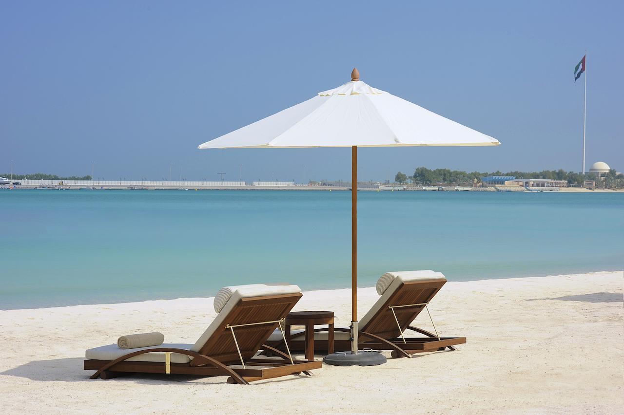 Nation Riviera Beach Club - ST Regis - praia Abu Dhabi