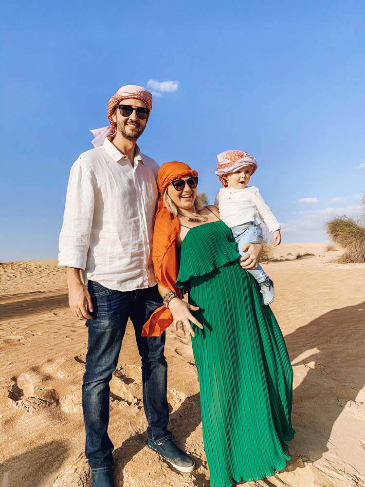 Passeio no deserto de Dubai com crianca bebe e gestante - Platinum Heritage