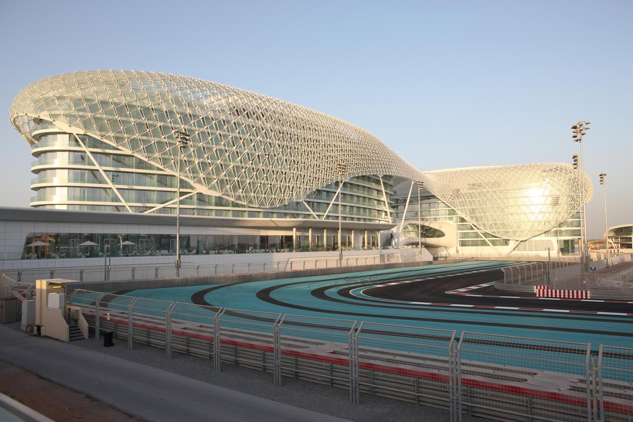 W Hotel Abu Dhabi - Yas Island - Autodrodomo circuito GP F1