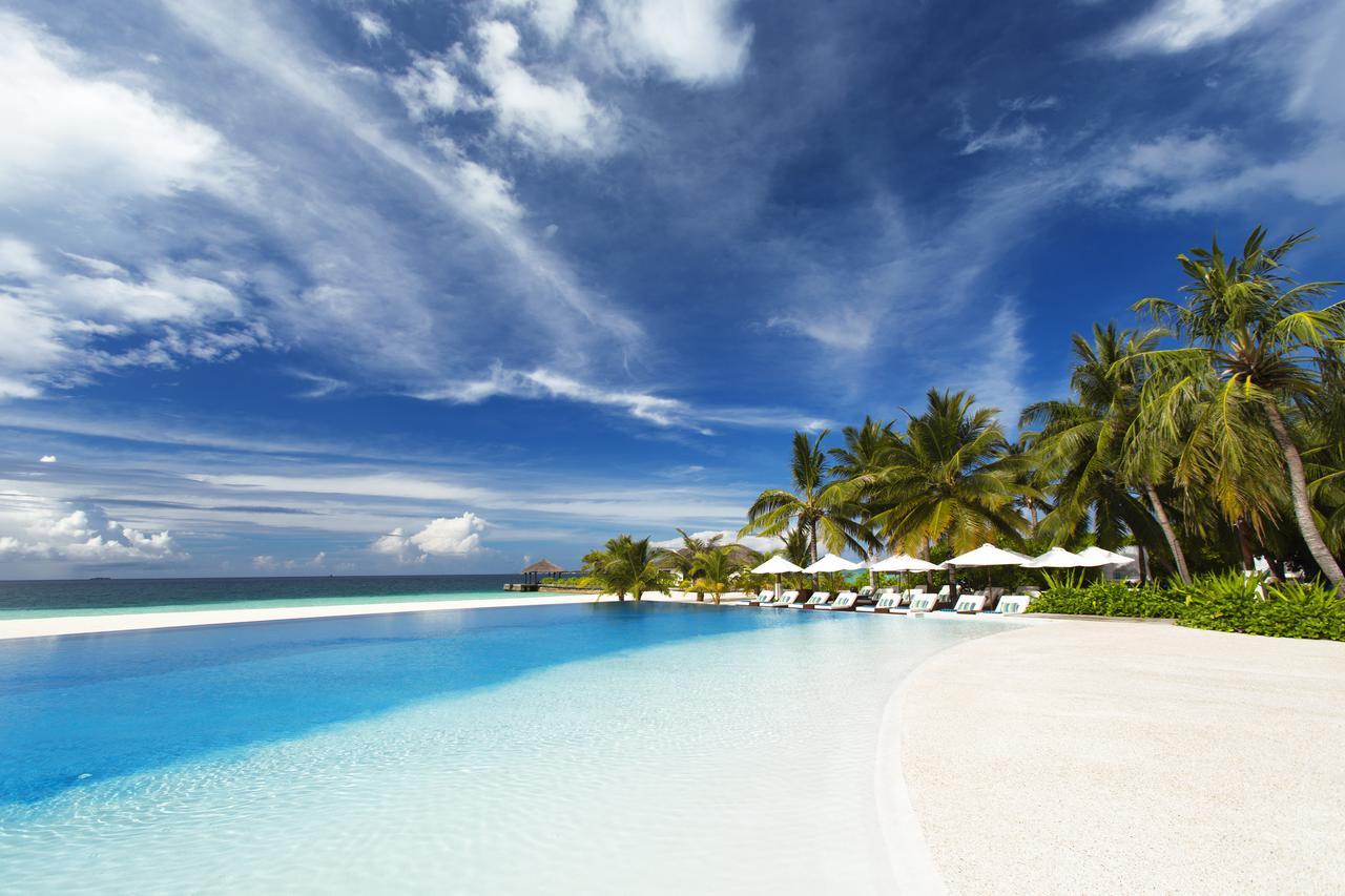 velassaru resort - piscina - maldives