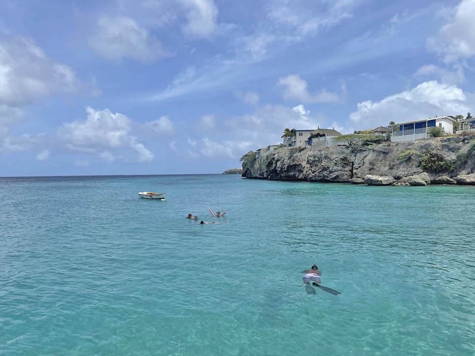 Playa Piskado Curacao - nadar com tartarugas