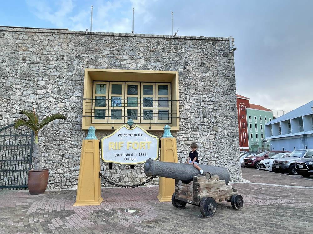 Renaissance RIF FORT Curaçao