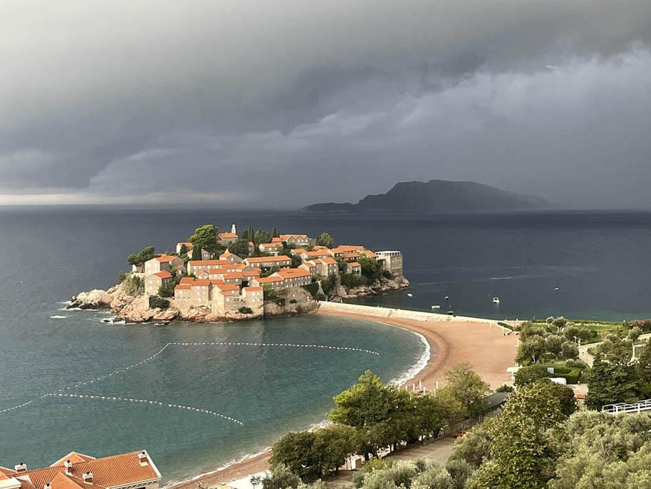 Villa Geba Sveti Stefan - luxury hotel boutique Montenegro